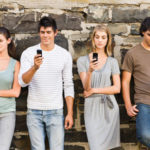 people-on-cellphones