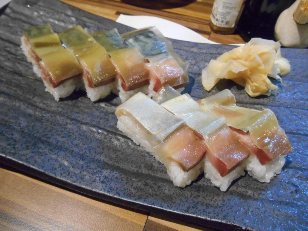 料理長特製「生鯖バッテラ」を食べられるのは、「ゆう奈」だけ