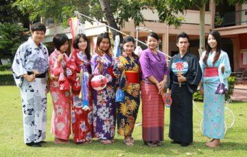 チェンマイ・ラーチャパット大学の日本祭にて